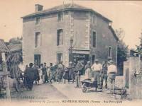 Montreuil Bonnin - rue principale & café