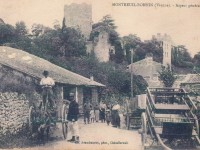 Montreuil Bonnin - vue generale; entrée route de la chapelle